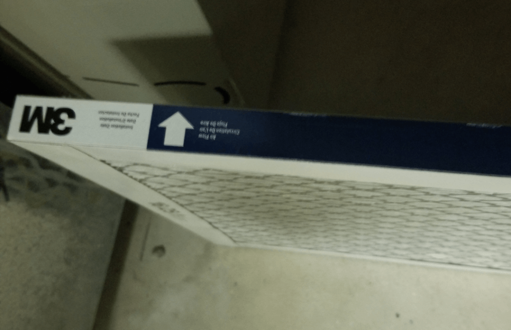 Air filter  arrow for home maintenance